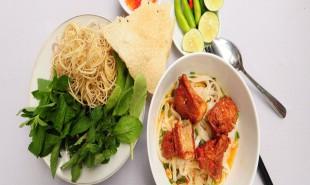 Tour Pháo Hoa Đà Nẵng thưởng thức ẩm thực miền Trung