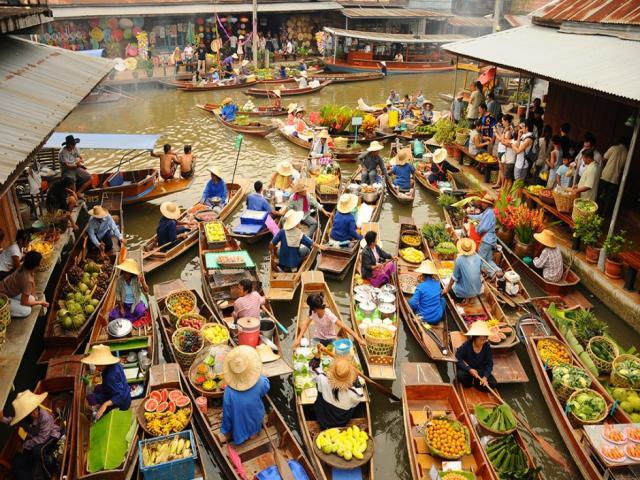 Chợ miền tây